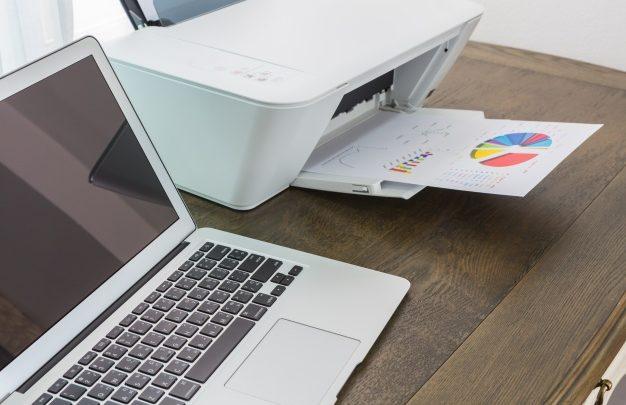 Barvni laserski tiskalnik, ki ga lahko kupimo po najugodnejših cenah