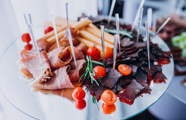 Catering cena na osebo je pogosto iskan spletni ključ