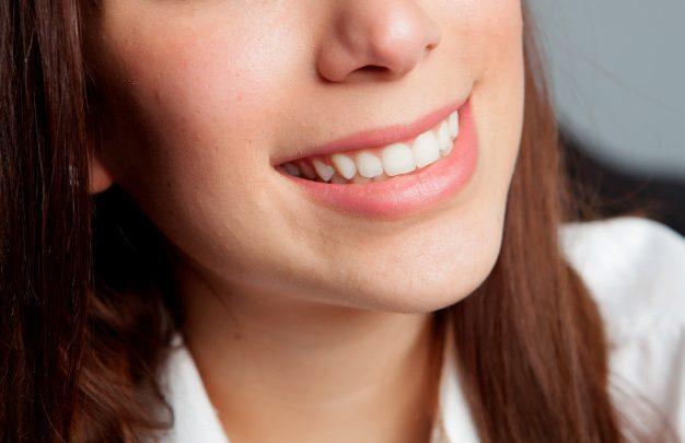 Implantati ali zobni vsadki