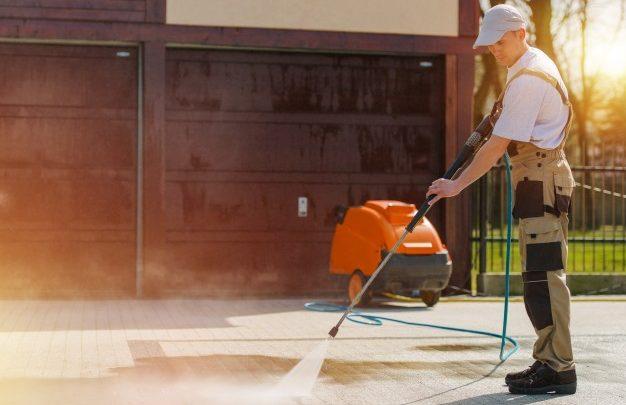 Karcher K5 za redno uporabo pri čiščenju zahtevne umazanije